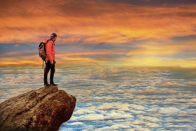 頂上の夜明け